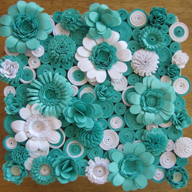 Paper quilling flowers on pinterest neli quilling for Big quilling designs